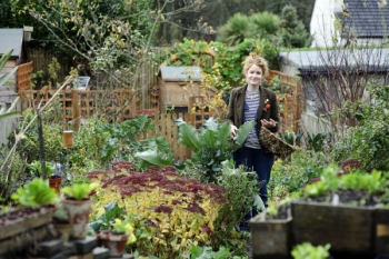 The edible garden cookery what happens next on the for Gardening programmes on tv