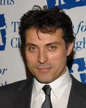 rufus sewell american accentrufus sewell vk, rufus sewell 2016, rufus sewell the man in the high castle, rufus sewell kiss, rufus sewell news, rufus sewell ami komai, rufus sewell wiki, rufus sewell wikipedia, rufus sewell victoria, rufus sewell height, rufus sewell theatre, rufus sewell arcadia, rufus sewell snapchat, rufus sewell look alike, rufus sewell and alice eve, rufus sewell audiobook, rufus sewell as alexander hamilton, rufus sewell biografia, rufus sewell american accent, rufus sewell movie