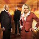 "Image for the Business and Finance programme ""Dragons' Den Online"""