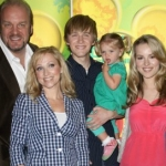 "Image for the Childrens programme ""Good Luck Charlie"""