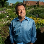 "Image for the Gardening programme ""Alan Titchmarsh's Garden Secrets"""