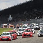 "Image for the Motoring programme ""Eurocup Clio"""
