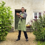 "Image for the Cookery programme ""River Cottage Bites"""