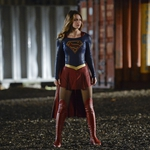 "Image for episode ""For the Girl Who Has Everything"" from Science Fiction Series programme ""Supergirl"""